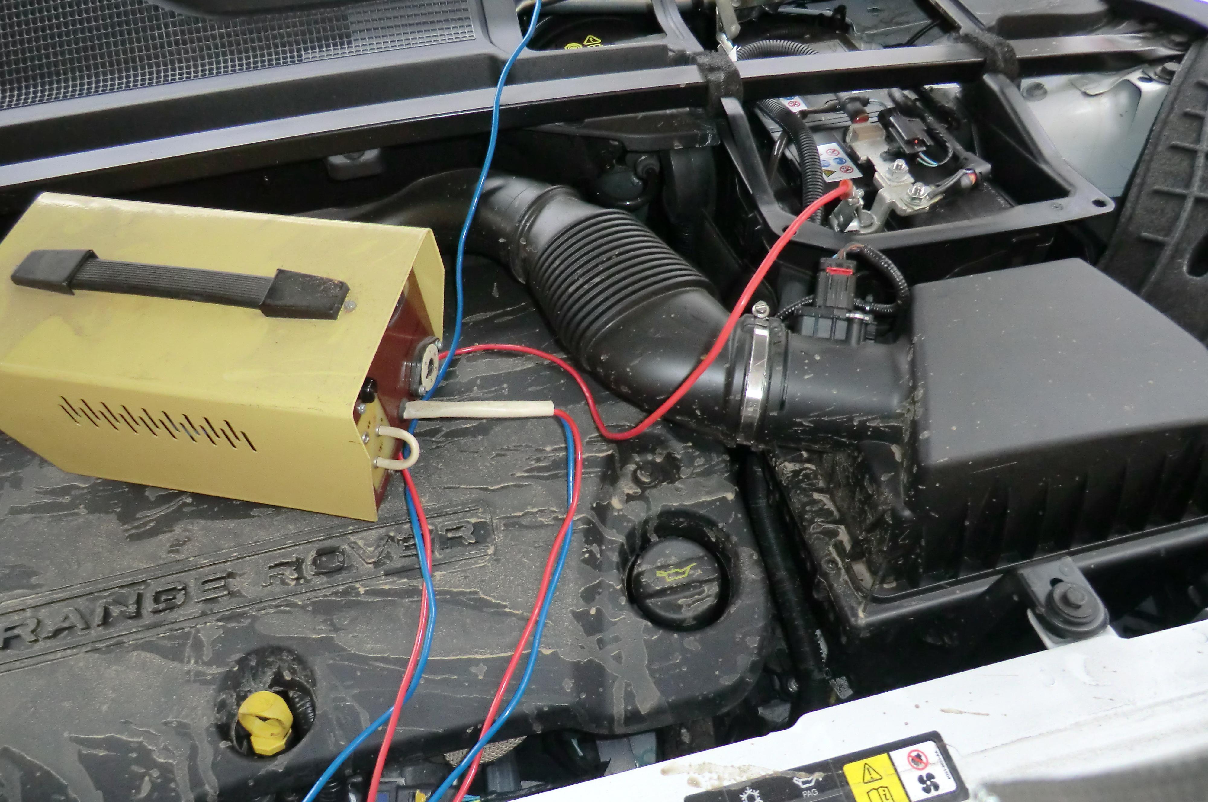 Skoda Fabia akkumulátor cseréje