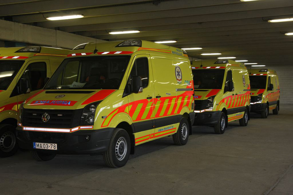 Oks gyanúja szerint mentőautó melyik anya javítja a látást