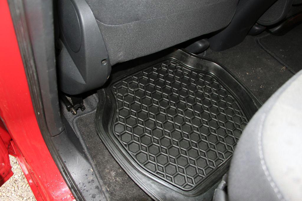 b96627718600 10 dolog, ami mindenképp legyen az autóban télen – Autónavigátor.hu