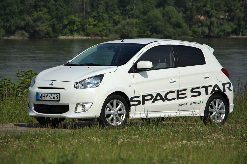 MITSUBISHI SPACE STAR