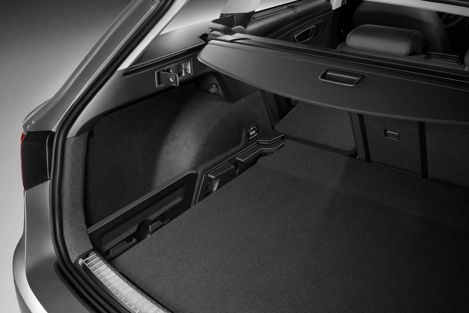 pr ba szerencse seat leon st aut navig. Black Bedroom Furniture Sets. Home Design Ideas