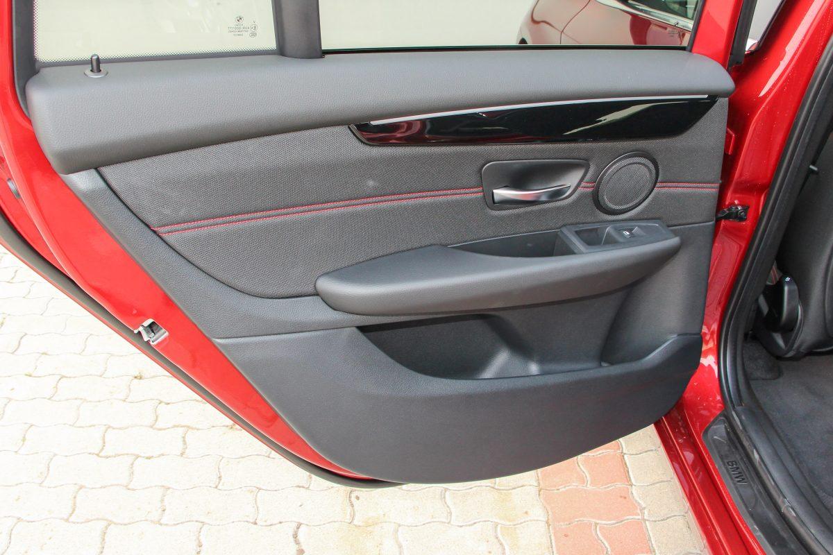 BMW 220