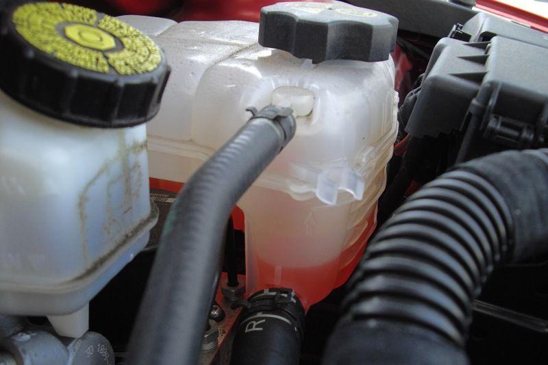 mennyi a normális hűtővíz fogyás
