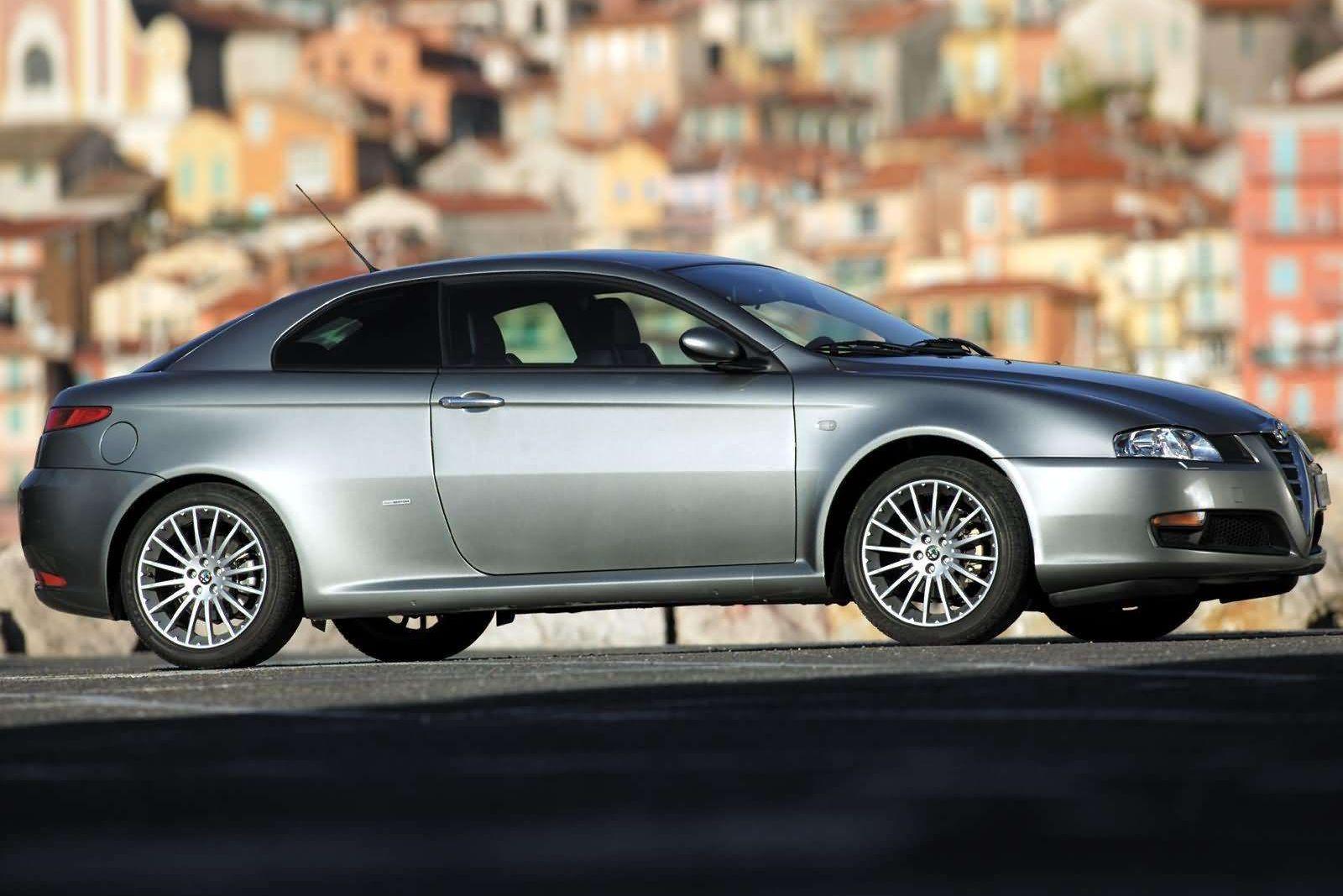Másfél millió forintért már egészen izgalmas autókat kaphatunk 6afe45226e