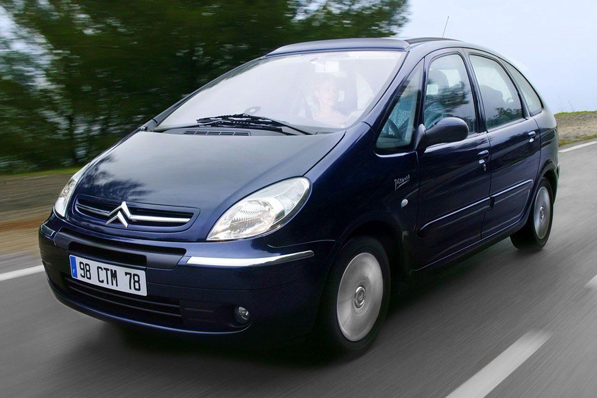 Hátsó független üléseivel a legkényelmesebb ötszemélyes autó az 500 ezer  forint alatti kategóriában a Citroën Xsara Picasso 5d1b63861f