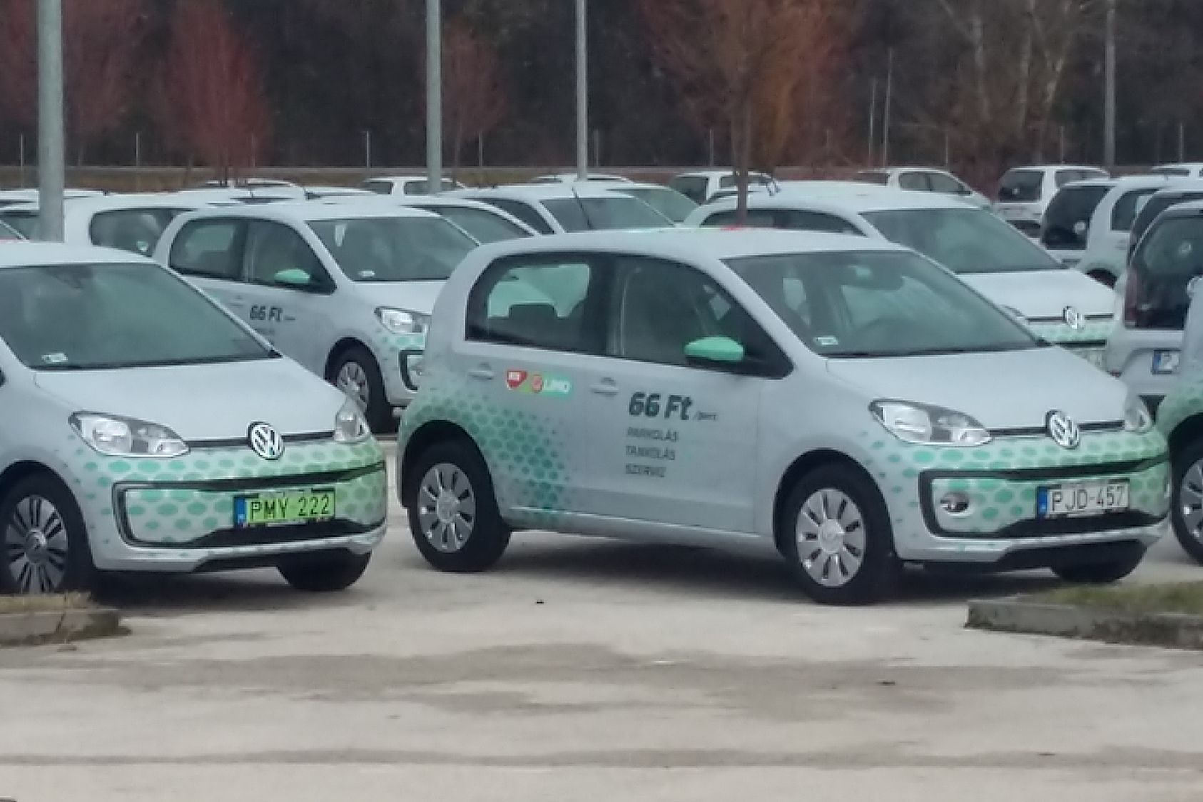 Mig Szeptemberig Havi   Volkswagen Up Kerult Forgalomba Hazankban Oktoberben Es Novemberben  Utobbi Gyakorlatilag A Mol Limo Flottaja
