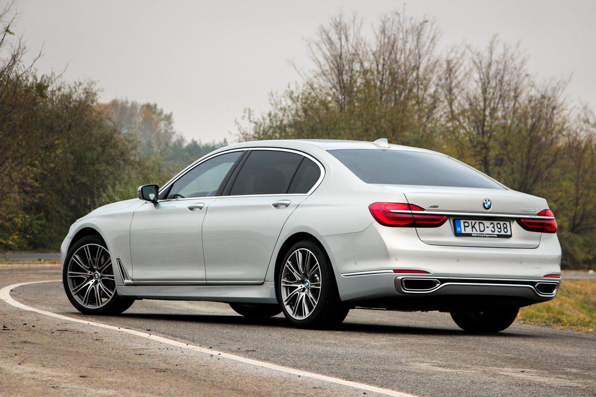 BMW 7-ES SOROZAT