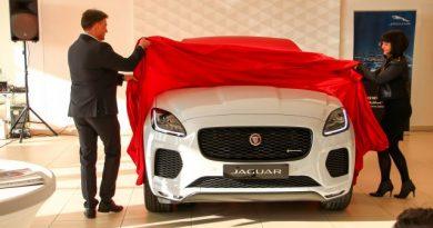 Már 10 millió forint alatt is van Jaugar SUV, az E-Pace