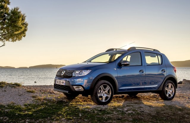 Emissziómentes autókra gyúr a Dacia