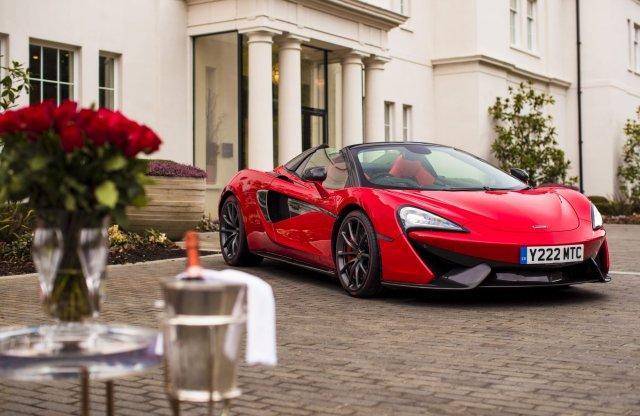 Ennél nem készült menőbb Valentin napra – romantikus McLaren