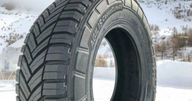 Nyári gumival télen autózni? Már teherautóval is lehet!