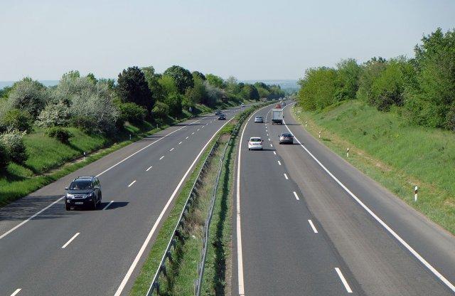Megújul egy szakaszon az M7-es autópálya