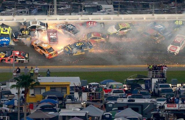 Nem maradt el a roncsderbi a Daytona 500-on sem