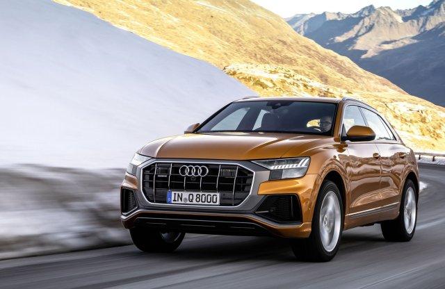 Két új V6-os motort kap az Audi Q8