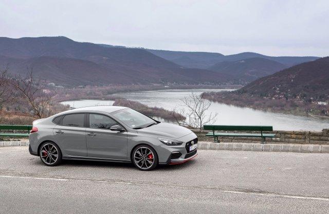 Be kell látni, hogy ez jó! – Hyundai i30 Fastback N