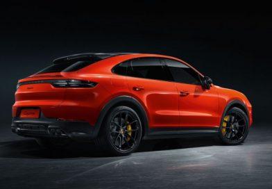 Most már a Porsche is büszkélkedhet SUV-kupéval