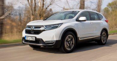 Hibridet mindenkinek? Honda CR-V Hybrid teszt
