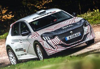 Háromhengeres versenyautó a Peugeot-tól
