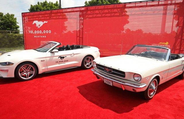 Még mindig a Mustang a legkelendőbb kupé!