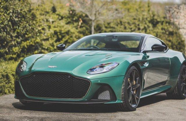 60 éve létezett versenyautót idéz a limitált Aston Martin