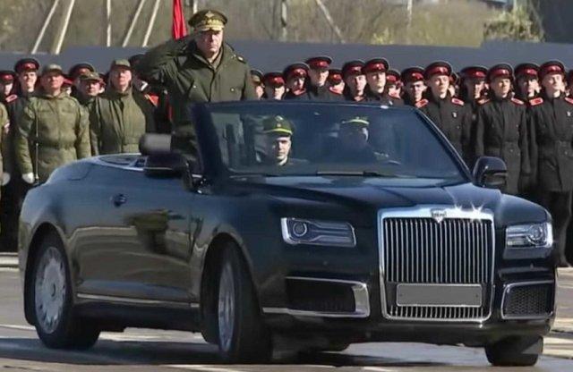 Kabrióként is elkészült Putyin kedvenc limuzinja