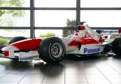 F1-es gép egy SUV áráért!
