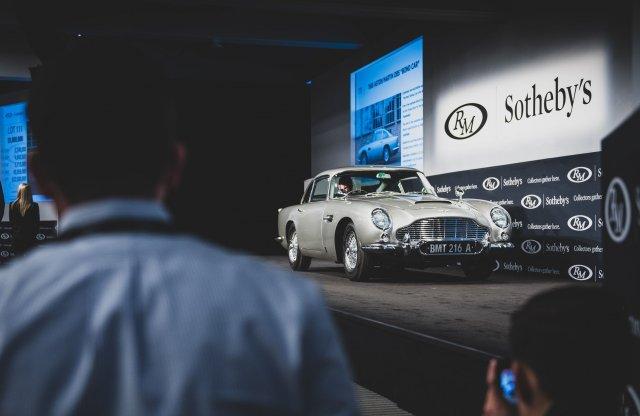 Több millióért kelt el James Bond eredeti Aston Martinja