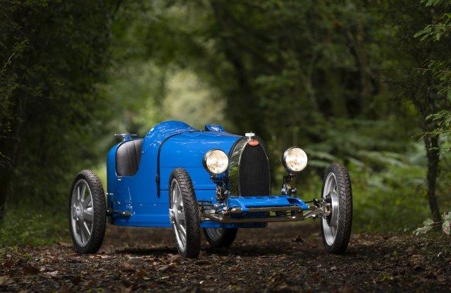 Gyerekeknek készít sportkocsit a Bugatti