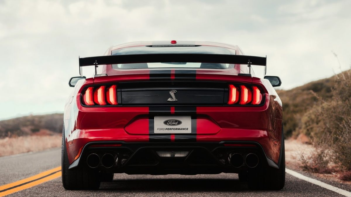 FORD (USA) MUSTANG