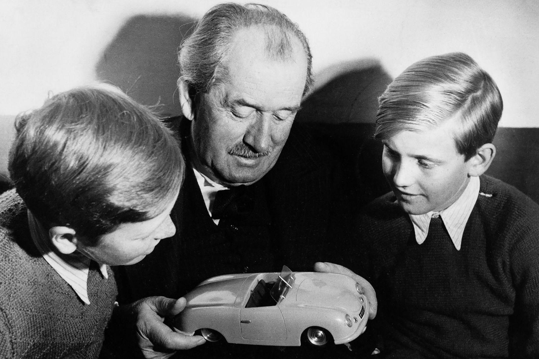 Elhunyt Ferdinand Piech A Volkswagen Korabbi Vezerigazgatoja Autonavigator Hu
