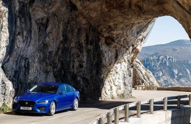 Új importőrt kap a Jaguar Land Rover csoport hazánkban