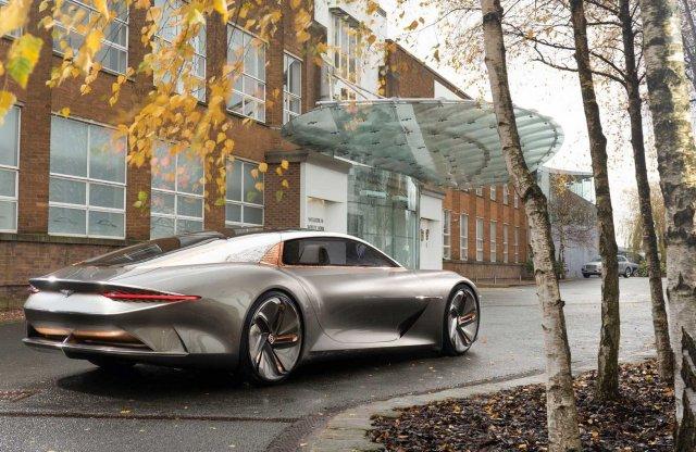 100 fa elültetésével ünnepel a Bentley
