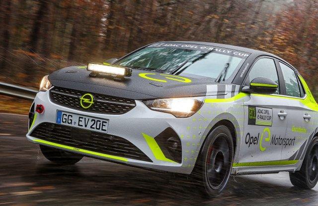 Már tesztköreit futja az Opel villany raliautója