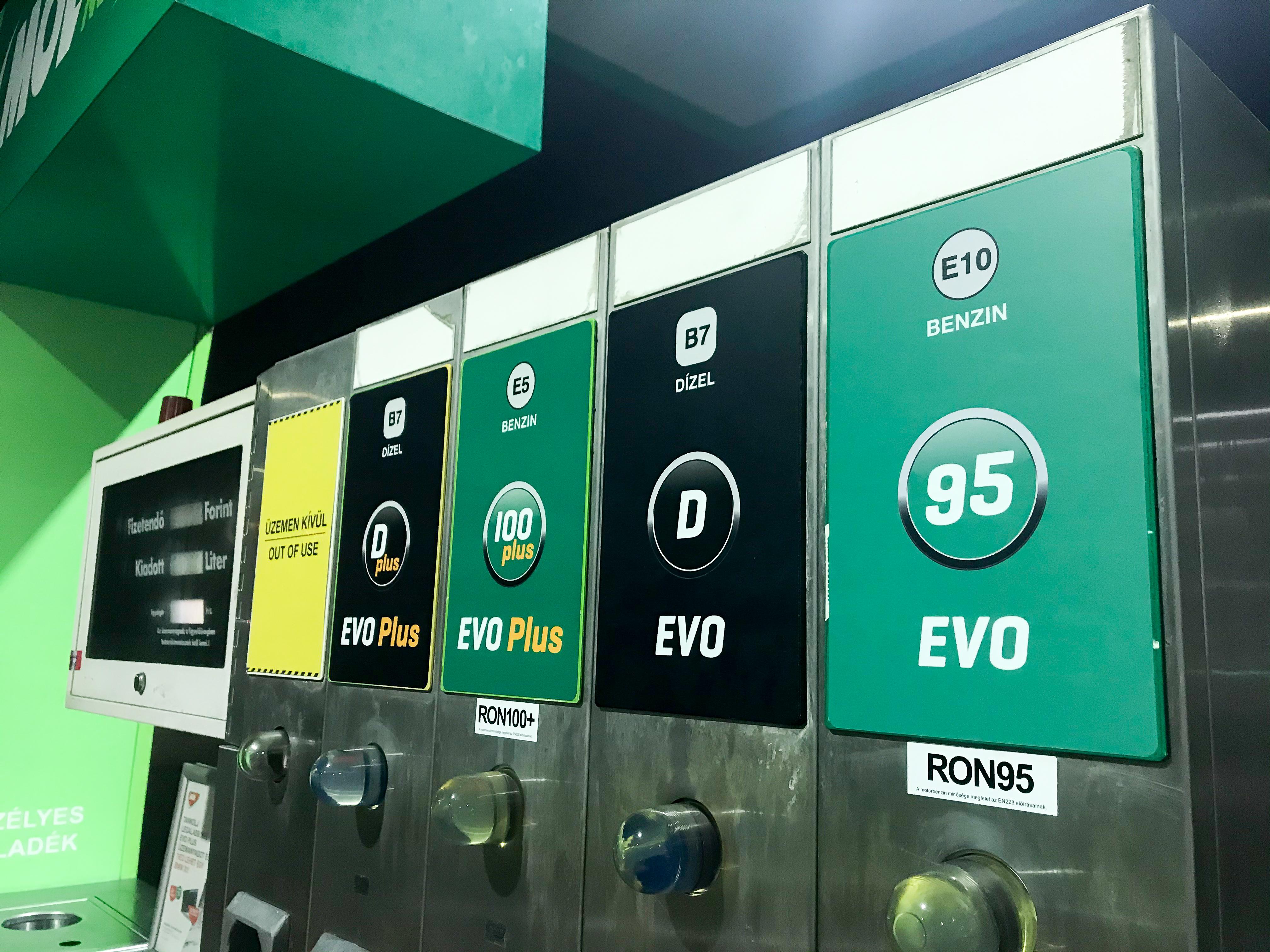 Omv 100 benzin ár