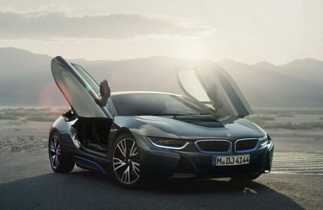 Végéhez közeledik a BMW i8 gyártása