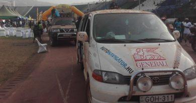 Hét óra utazás a senki földjén? Ilyen is volt a Budapest-Bamakón