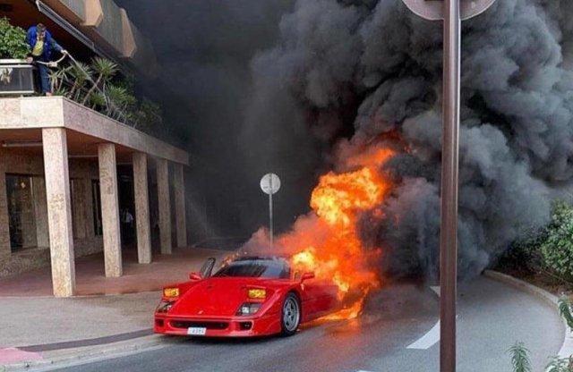 Ferrari F40 égett porig Monacóban