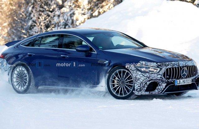 Valódi szörnyeteg bemutatására készül a Mercedes-AMG