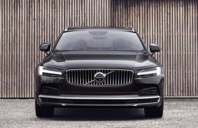 Lágy hibridekkel frissült a Volvo S90 és V90