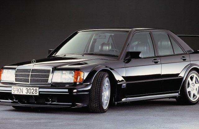 30 éves a Mercedes utcai DTM gépe