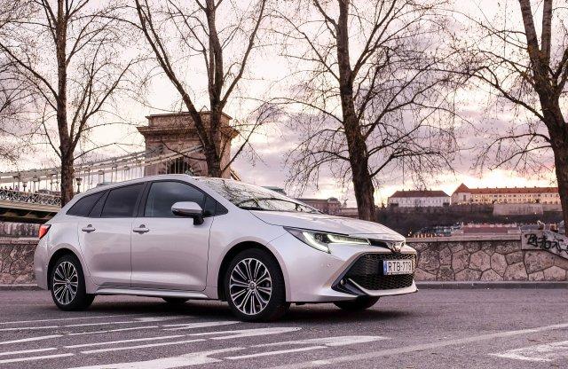 Meg lehet érteni – Toyota Corolla TS 1.2
