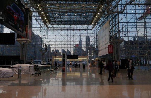 A Párizsi Autószalon törölve, a New York-i halasztva