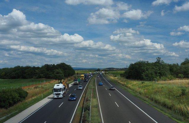 Vajon autózhatunk a kijárási korlátozás hatálya alatt?
