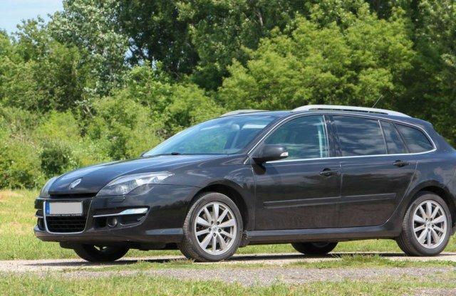 Milyen olaj kerüljön egy 12 éves Renault Laguna dízelbe?