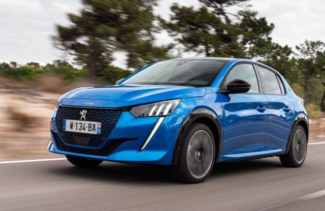 A legjobb 3 között a Peugeot – már 6 Év Autója díjnál tartanak