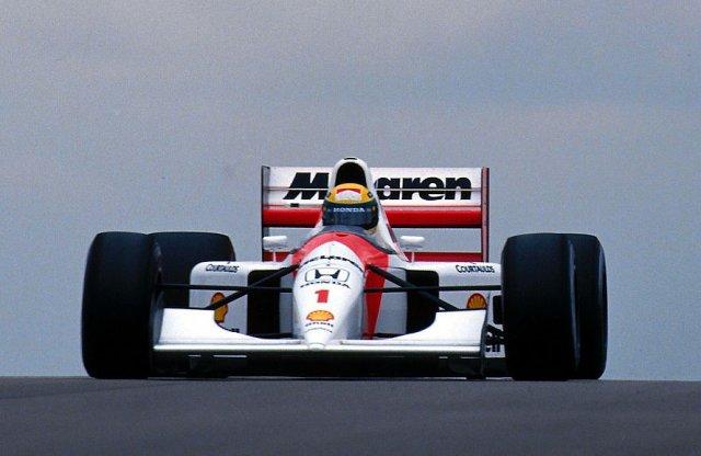 Senna és az 1993-as doningtoni verseny vár vasárnap az M4-en!