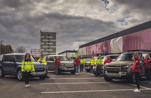 Autókkal segíti a koronavírus elleni harcot a Land Rover