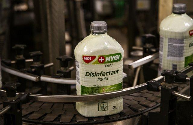Már 110 ezer liter fertőtlenítőszert szállított ki a MOL