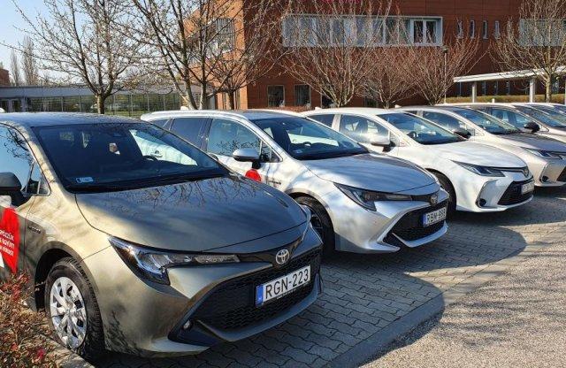 20 autóval segít itthon a Toyota a koronavírus elleni harcban