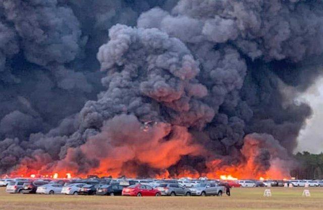 Egy pillanat alatt semmisült meg több ezer autó Floridában